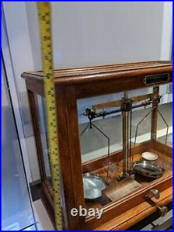 Goodbrand Balance Scales Brass Vintage in glass case & weights wood