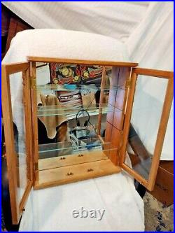 HARD WOOD MIRROR/GLASS DISPLAY CASE With 3 SHELVES