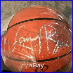 Larry Bird Signed Spalding NBA Game Ball Basketball with Wood + Glass Case