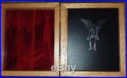 Neil Gaiman MURDER MYSTERIES Limited SIGNED# in RARE glass/wood case Biting Dog